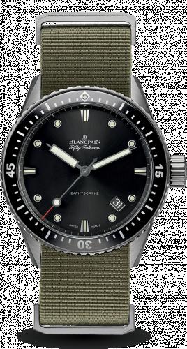 Blancpain 5000-1230-NAKA : Fifty Fathoms Bathyscaphe Titanium / Black / Sand Nato