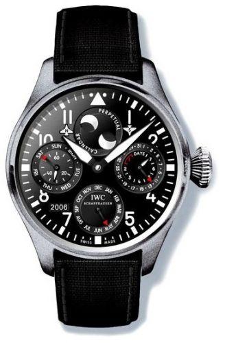 IWC IW5026-06 : Big Pilot Perpetual Calendar Titanium / Black / Cellini