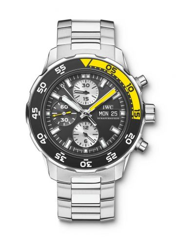 IWC IW3767-01 : Aquatimer Chronograph Stainless Steel / Black / Bracelet