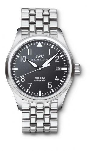 IWC IW3255-04 : Pilot's Watch Mark XVI Stainless Steel / Black / Bracelet
