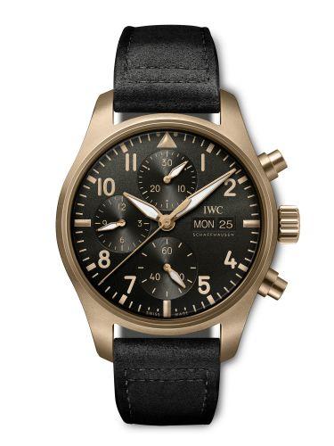 IWC IW3879-07 : Pilot's Watch Chronograph Spitfire Mr. Porter