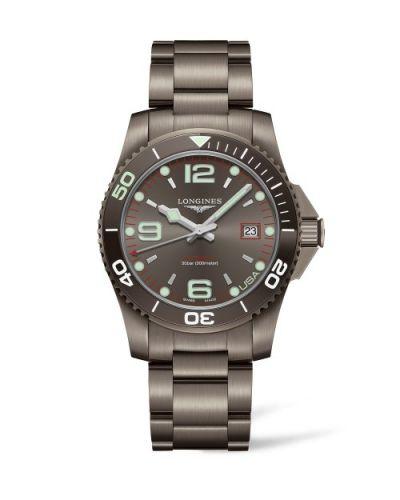 Longines L3.742.2.76.6 : HydroConquest 41 Automatic PVD / Grey / Bracelet / USA