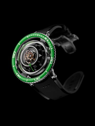 70.TGL.B : MB&F Horological Machine N°7 Aquapod Titanium / Green