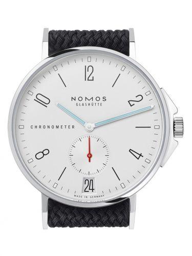 Nomos Glashütte 551.S1 : Ahoi Datum Chronometer WatchTime