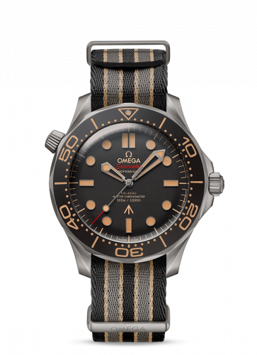 Omega 210.92.42.20.01.001 : Seamaster Diver 300M Master Co-Axial 42 James Bond No Time to Die / NATO