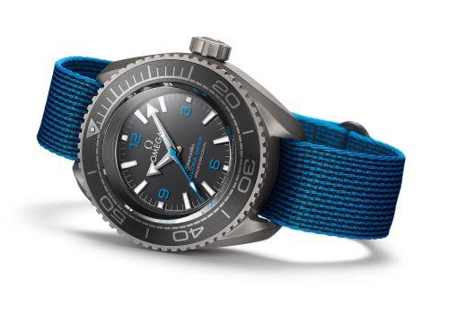 Omega 215.92.52.21.99.001 : Seamaster Planet Ocean Ultra Deep Professional
