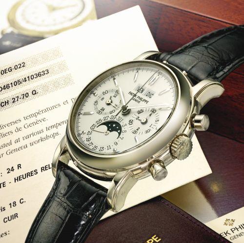 Patek Philippe 3970EG-022 : Perpetual Calendar Chronograph 3970 White Gold / Silver